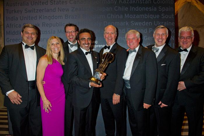 невероятный взлет chobani привел хамди улюкайю к победе на всемирном финале конкурса «Предприниматель года» в 2013 году