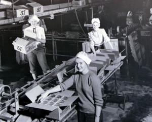 На конвейере фабрики Heinz трудились преимущественно женщины