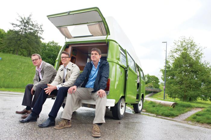 Благодаря основателям Carpooling.com уже удалось сэкономить 500 млн литров топлива, сократить выбросы углекислого газа на 1 млн тонн, избежать 90 тыс. километров пробок и сыграть 16 свадеб между пользователями сервиса