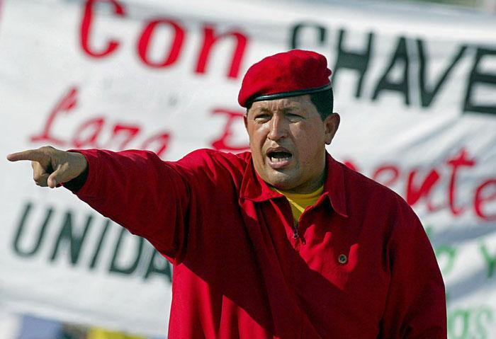 «Полковник вкрасном берете» зажег своими идеями бедняков Венесуэлы