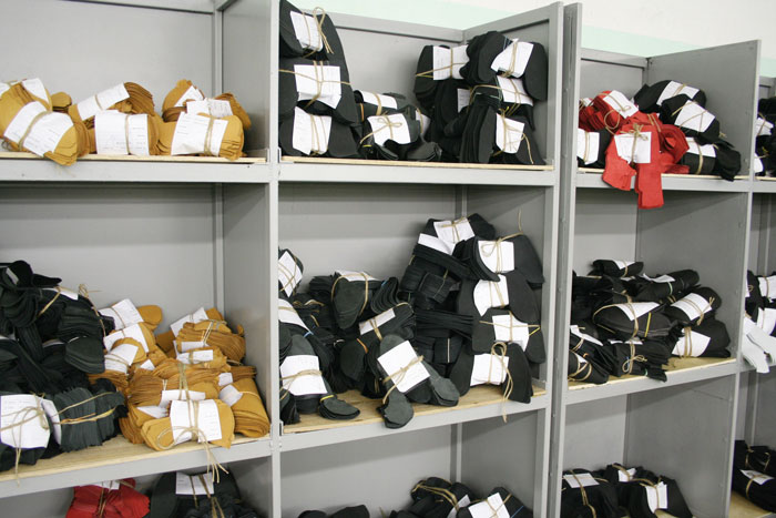 «Мы не производим обувь, которую никто не заказывал. Пара, которая сойдет с конвейера, к примеру, через 4 месяца и 4 дня, была кем-то заказана»
