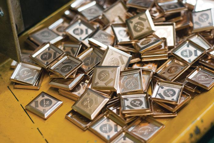В 2012 году компания произвела 25 тыс. единиц продукции