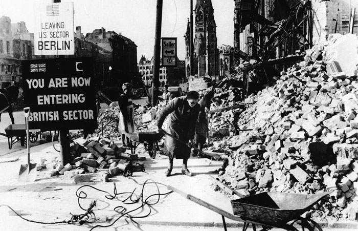 Берлин вскоре  после  окончания войны