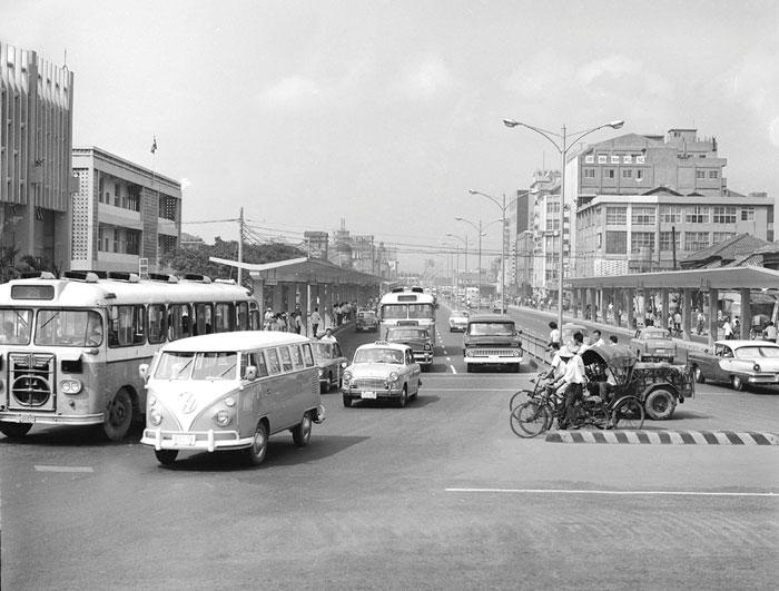 Так выглядел в начале 1960-х Тайбэй — крупнейший город и административный центр  Тайваня