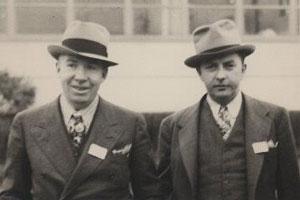 Отцы-основатели будущей Motorola Пол и Джозеф Галвины в 1928 году