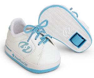 Хохмы ради Heelys даже выпускала пинетки с колесиками для новорожденных