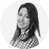 Бэл Песе – бразильская бизнесвумен, окончила Массачусетский технологический университет, работала в Microsoft, Google, Deutsche Bank, позже основала школу FazINOVA, которая помогает бразильским студентам осуществлять мечты.