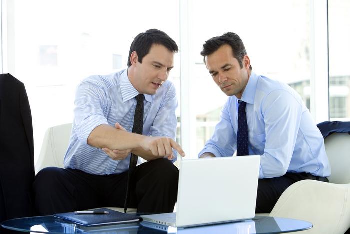 Как оперативно управлять финансами группы компаний